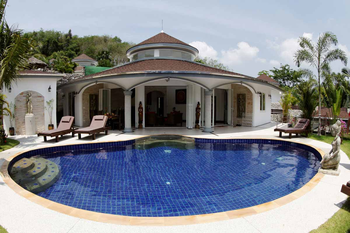 Luxury Pool Villa & Garden in Phuket