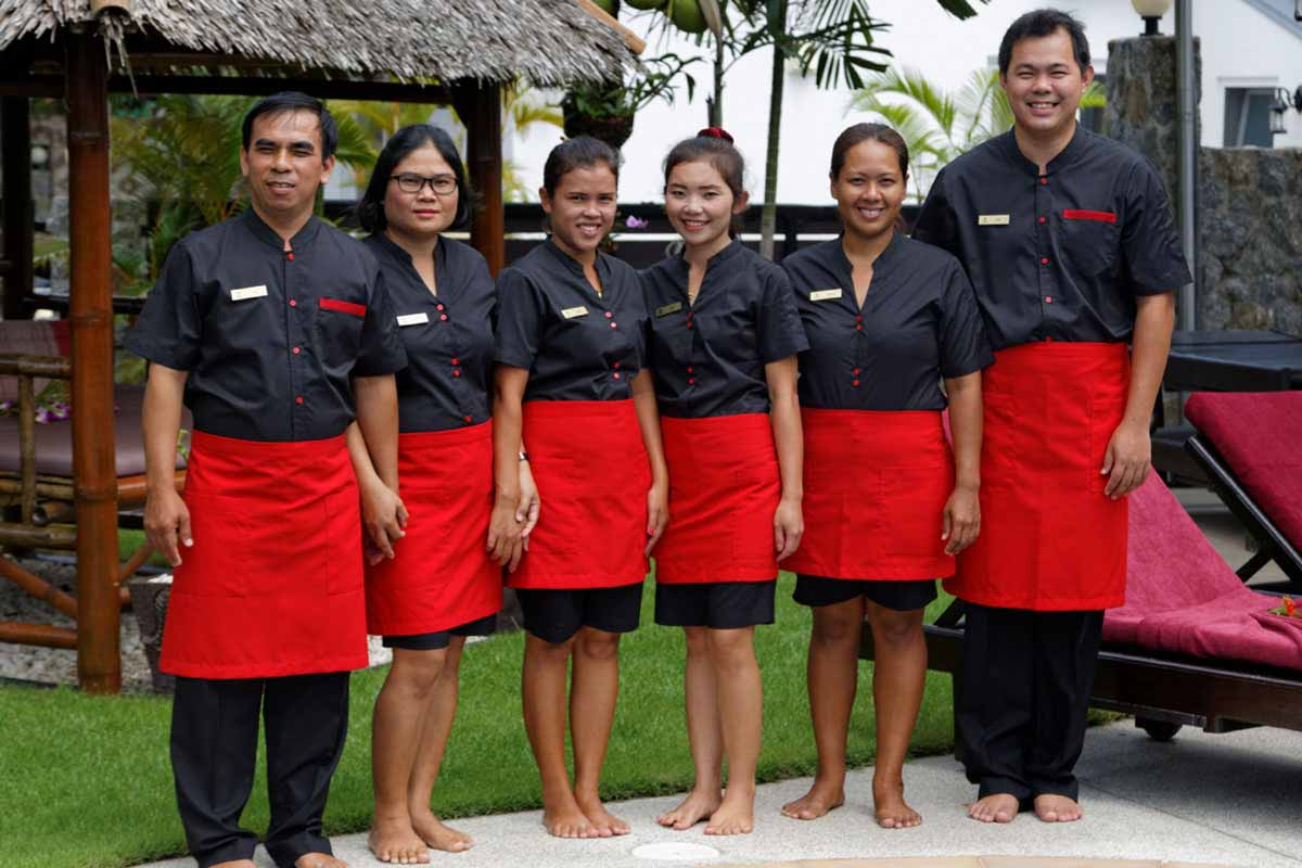 Phuket Luxury Pool Villa Team