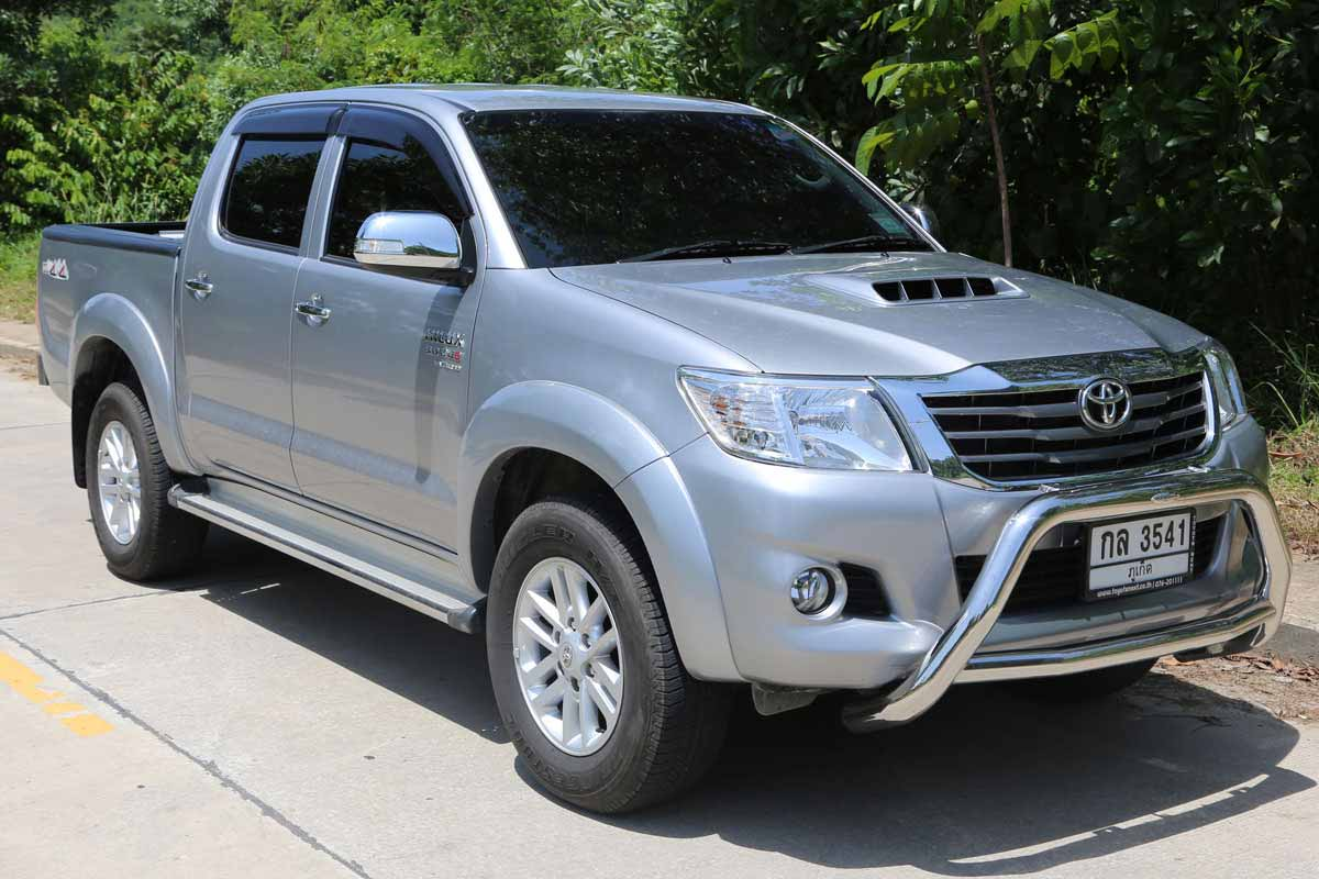 Toyota Vigo Pickup (4x4) | Car Rental Nai Yang Phuket