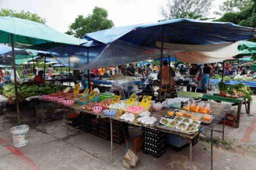 Thai Nai Yang market