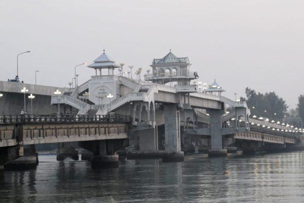 Sarasin Bridge