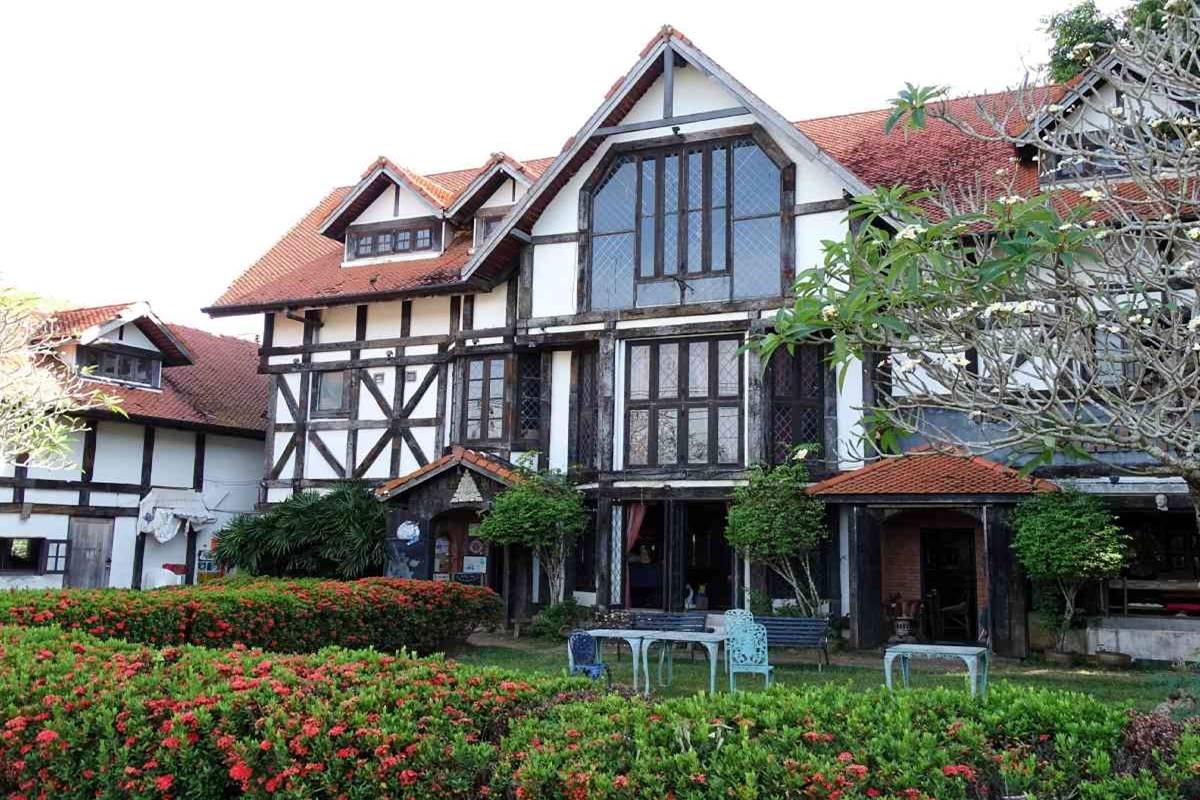 The Green Man Restaurant Chalong