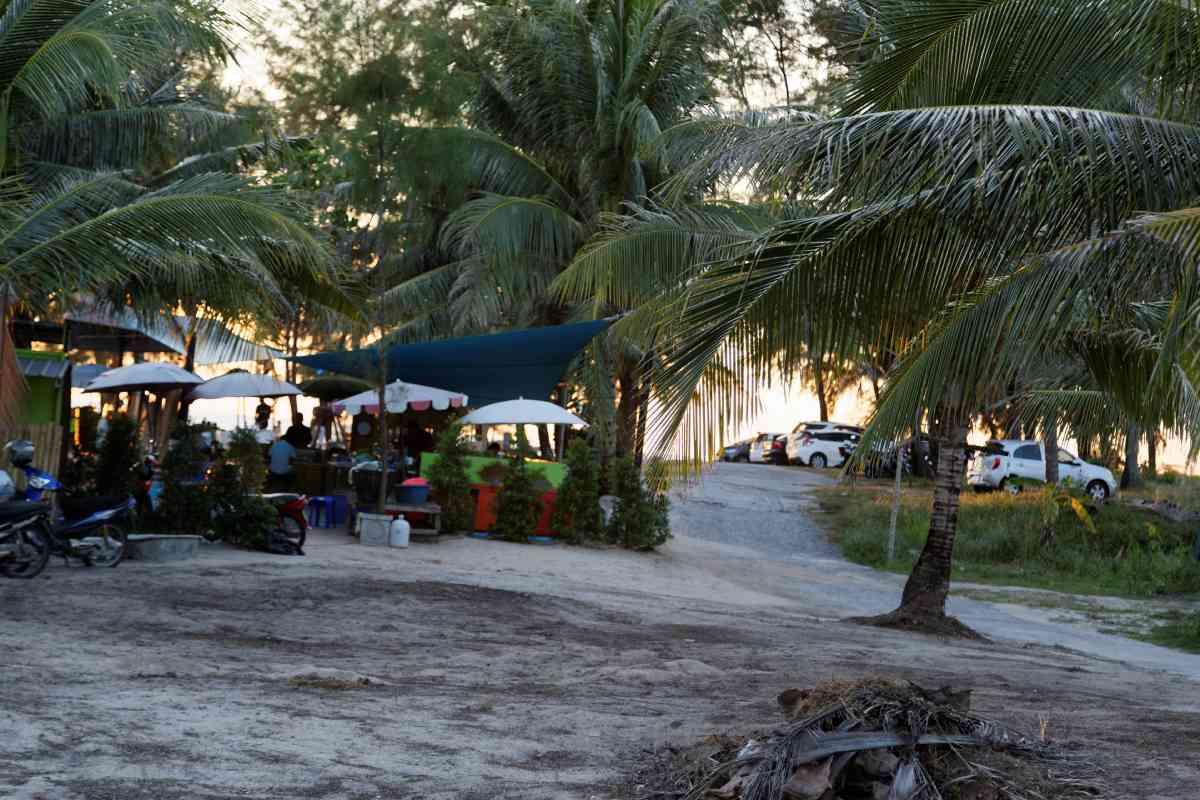 Paul Lay Phang Restaurant Layan Beach