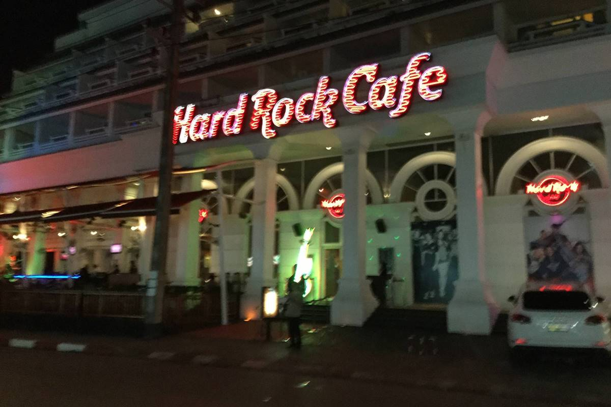 Hard Rock Cafe Patong Phuket