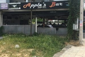 Apples Bar