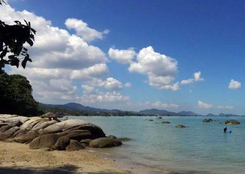 Laem Ka Noi Beach
