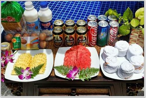 Complimentary Welcome Gift   Food and Beverages   Villa amenities