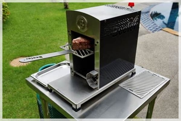 Beefer Gas Grill | Villa Amenities